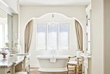 La salle de bains / by Heather Norder