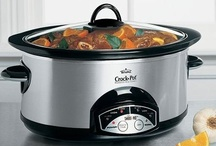 Slow Cooker Recipes / by Allison Johnson