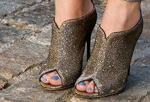 Zapatos / by Bonita Vida Inc.