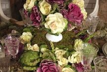 Place Settings and Centerpieces / by Southern Gal