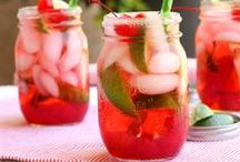 Food: Cocktails & Mocktails!  / Fun alcoholic and non alcoholic drinks for entertaining! / by Oh My! Creative