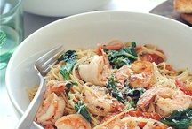 Eats / by Carolyn Meng