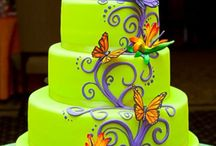 Cakes / by Michelle Zuidema