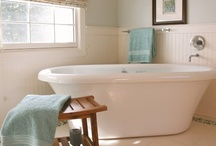 Design ~ Bathroom / by Amanda Boerst