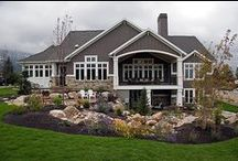 Dream house and pets.  / by Ashlyn Smith