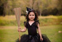 Halloween / by Amanda Tout Mon Amour