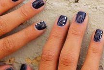 Nails / by Paula Shiminske