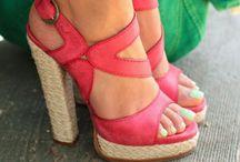 shoesssss ! / I really like shoes :) / by Liana Billings