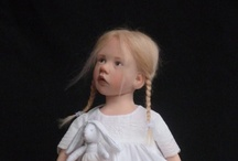 Dolls and Doll Houses / by Kathy Beebe