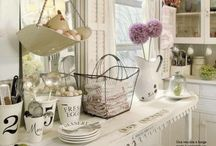 Kitchens / by Angela Howe