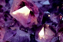 Crystals, Minerals & Particularly Pretty Stones / by Wendy Hammond