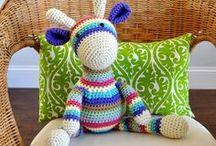 Crochet it / by Kim {NewlyWoodwards.com}