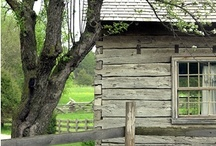 Old Houses / by Fine Country Living Primitives