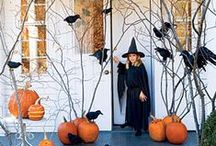 Halloween Crafts / Halloween crafts and decorations for a spooktacular Halloween. / by Mel Lockcuff - MamaBuzz