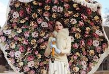 Poésie et les fleurs (flowers) / by Homa Taj