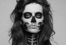 Halloween / by Melissa Gardner