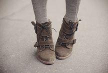 Footwear / for the footsies. / by Melissa Gardner