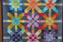 Fabric Projects, Quilts & Quilting / by Pam T.