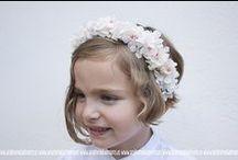 Complementos florales / Tocados para el pelo, flores para el novio, pulseras.... / by Andrómeda Floristería Creativa