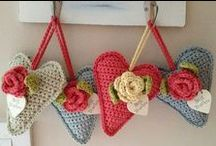 Crochê - Corações (Heart) / by Patricia Moura