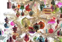 Merry Christmas, Baby  / Cute ideas for decorating and other christmasy stuff / by Lizzie Elmore
