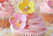 ~CupCakes~ / by MaryBeth Schmidt Newman