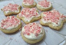 Cookies..... / Pin all your favorite cookie recipes here!!  / by Creative Kitchen