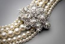 Be-jeweled-Be-dazzled / A gals pleasure, sparkling beauty to wear / by Craig 'N'Ronnie Frazee