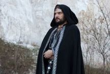 Costumes/Fashion: Men's Cloaks / by Alyssa Hollingsworth