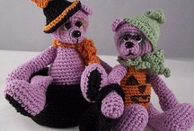 Crochet cute things / by Victoria ~ Rose