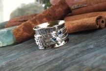 Jewelry / by Dina Woodard