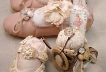 Pin Cushions, Notions and Millinery / by Glendy Valdez