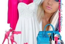 Diva Fashion / by Bella Herbold