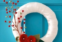 Christmas Wreaths / by Jeannie Dellinger