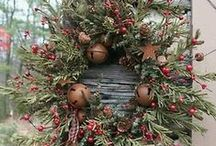 Wreaths & Swags / Wreaths and swags, DIY wreaths / by Laureen | Art and the Kitchen
