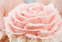 Rosa minha paixão / Amoooo cor de Rosa!!! / by Mariângela Rosa