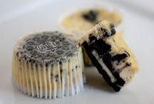 Desserts & Treats / by Bridgette Murphy