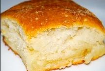 Bakin' Bread / by Alecia McInerney
