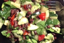 Salads to Try / by Fabulous by Frankie-Holiday Burlap Runners