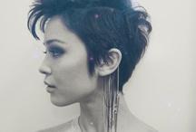 Pixie haircuts / Hair! Short hair and pixie haircuts. / by Jorien Hanemaaijer