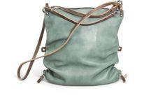 Bag Lady-- Why Yes I Am / by Samantha Hollingshead