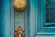 Entryways, Front Doors, Stairways and Wreaths   / by Staisha Klein