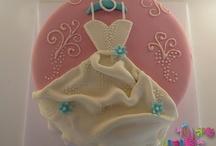 Cakes I Adore / by Jo Luna