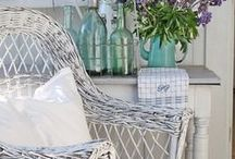 Shabby Loveliness / by Bev Simpson