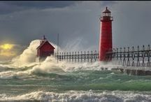 Lighthouses / by Beth Jansen