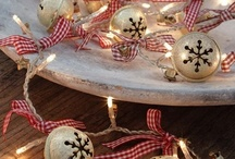Christmas / by Melissa Ringstaff {AVirtuousWoman.org}