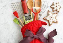 Gift Ideas / by Amanda Laine Dudley
