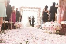 Weddings: Cake.Food.Decor / by Lydia Krohelski