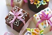 Cake's & Cake Pops~ / by Jeana715