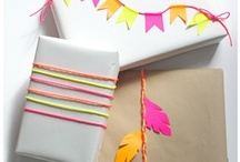 DIY Holiday Gift Wrap  / by Foxy Originals